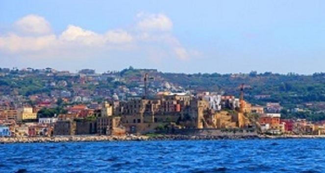 Puteoli Rione Terra Naples Bay