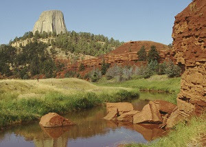 devils tower and belle fourche river