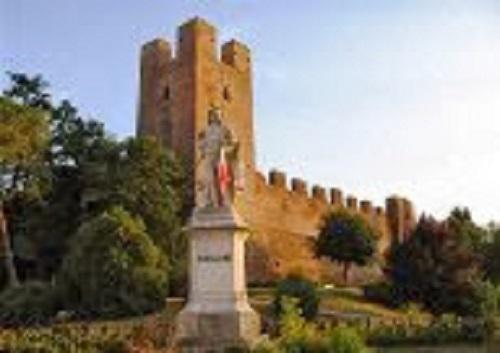 Giorgione Statue and Castelfranco Veneto Castle