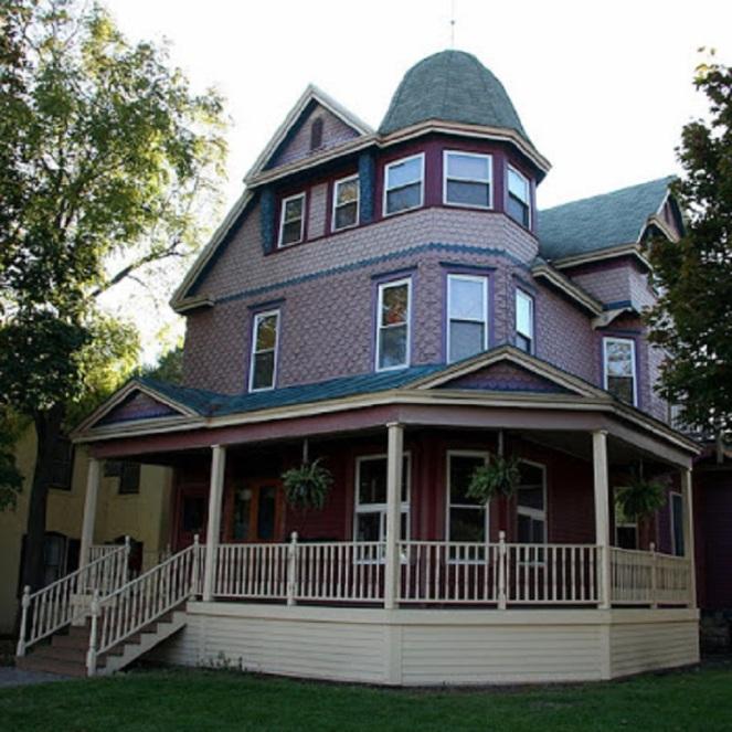 John L Callahan House