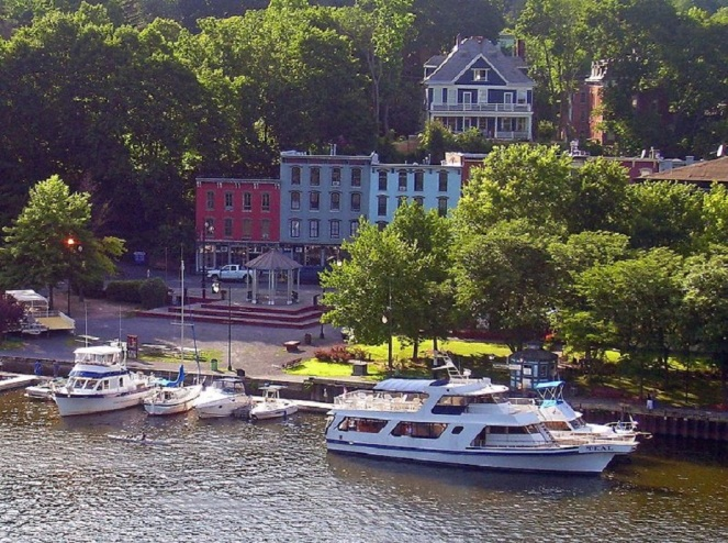 Rondout West Strand