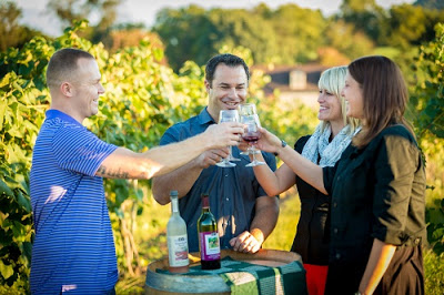 Wine Country - Couples Toasting - VisitHersheyHarrisburg (67)