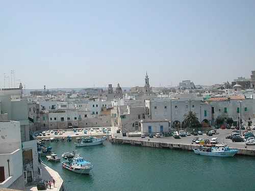 Monopoli Old Port