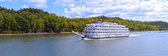 Upper Mississippi River Paddlewheeler