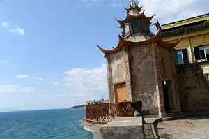 pagoda by the sea