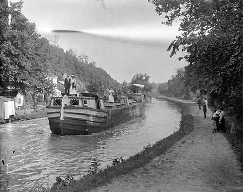 Chesapeake and Ohio Canal Boat