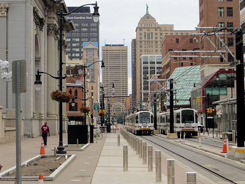 NFTA Light Rail at Fountain Plaza