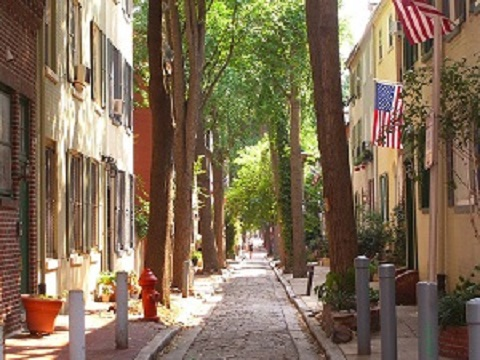 703181-Quince_Street_in_Old_City