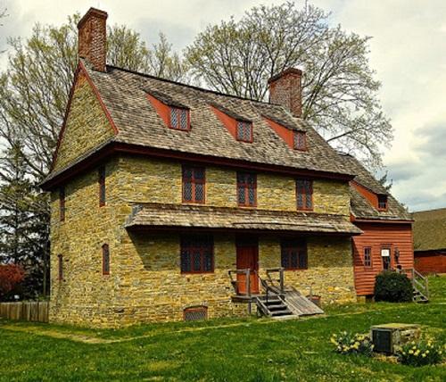 Barns Brinton House